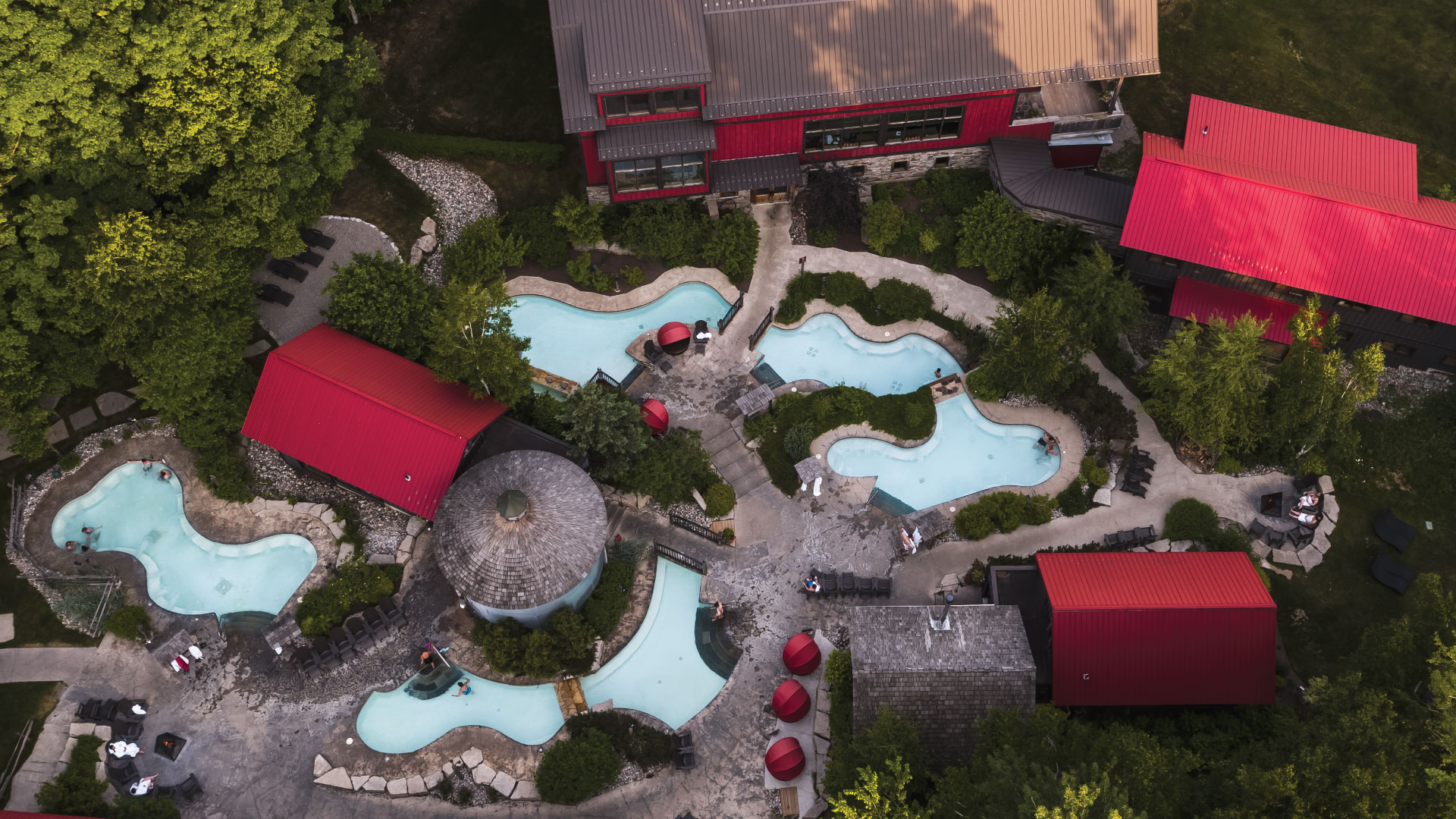 Drone overview of Scandinave Spa Blue Mountain in Summer.